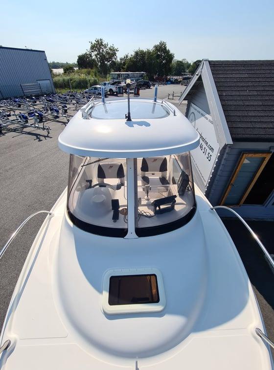 Quicksilver 530 Pilothouser avec Suzuki 60Cv d'occasion à vendre chez DINARD MARINE en Bretagne 2