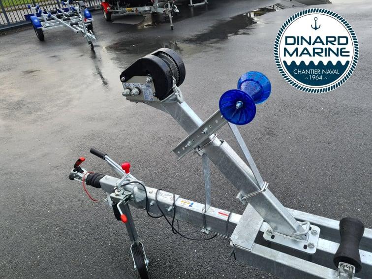 Remorque Sun Way SW1265 PTAC 1600 Kg disponible chez DINARD MARINE